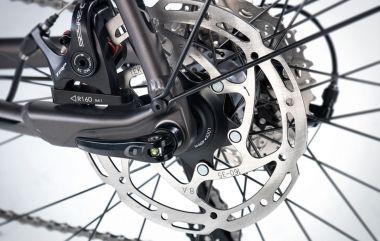TRP disc brake and QR12 thru axle
