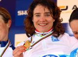 Marianne Vos and her medal.