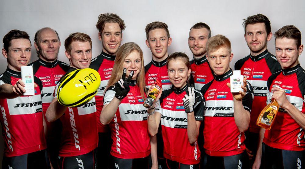 STEVENS MTB Racing Team: Mannschaftsgruppenbild