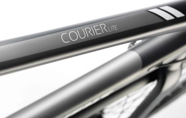 Courier Lite_02_Detail.jpg
